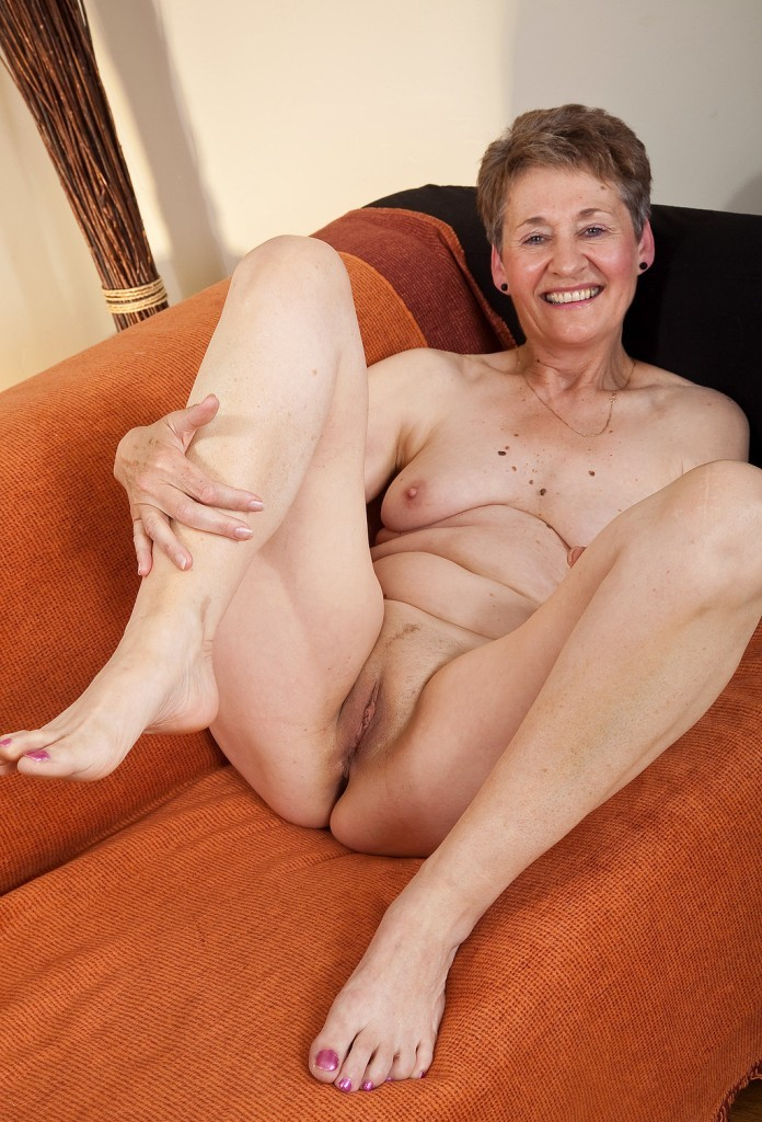 Old nude grannies naked women